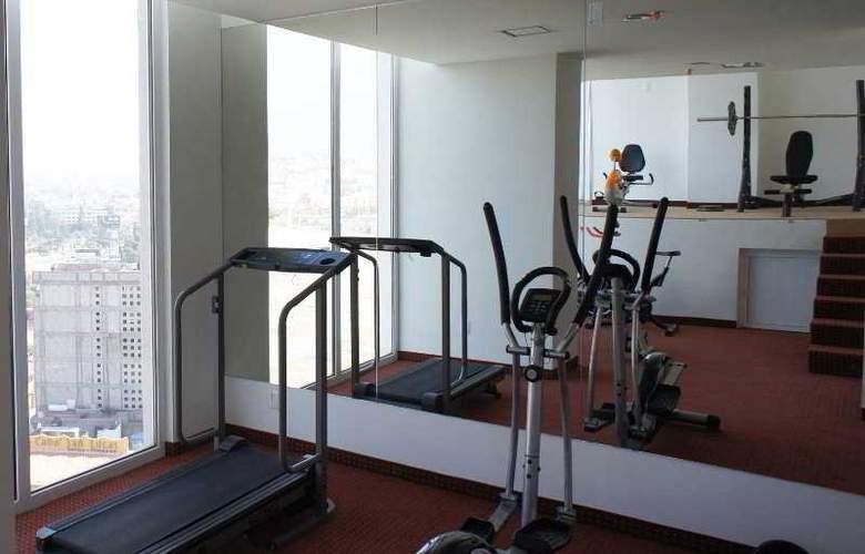 La Quinta Inn & Suites Puebla Palmas - Sport - 6