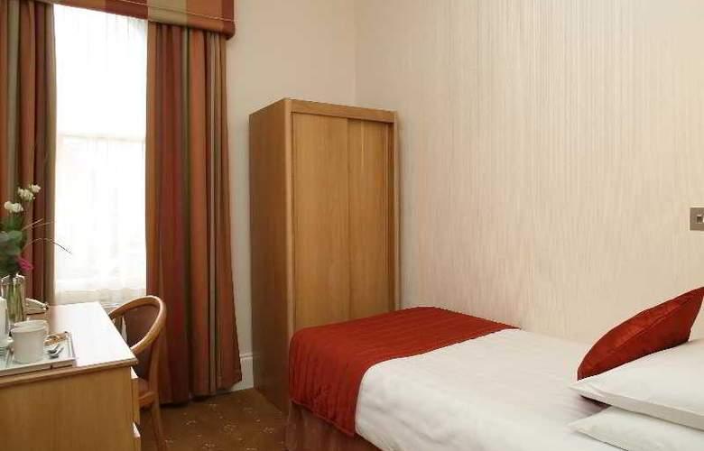 Phoenix - Room - 21