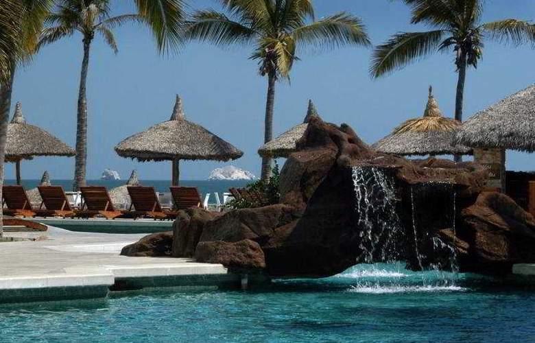 Ramada Resort Mazatlan (antes los Sabalos) - Pool - 5