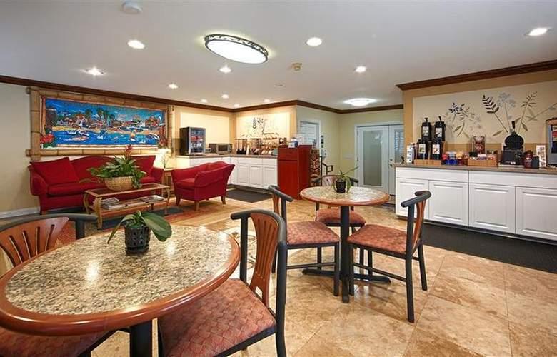 Best Western Harbour Inn & Suites - Restaurant - 22