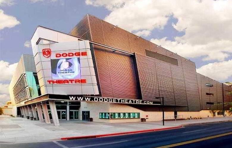 Courtyard Phoenix Airport - Hotel - 22