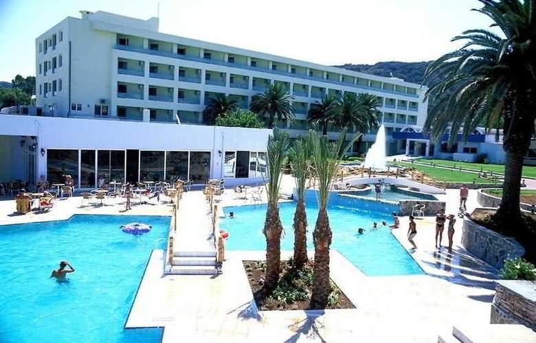 Avra Beach - Hotel - 0