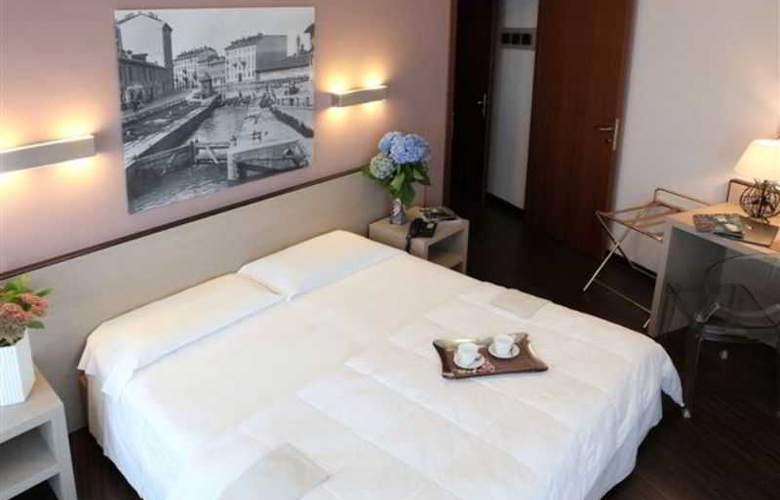 Mennini - Room - 7