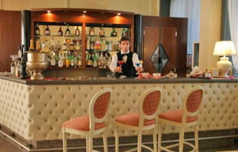 Air Milano Linate - Bar - 7