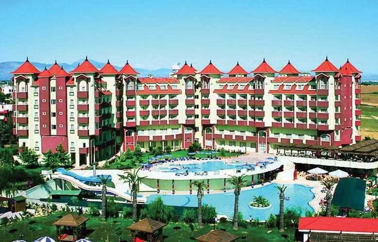 Serenis Hotel - Hotel - 4