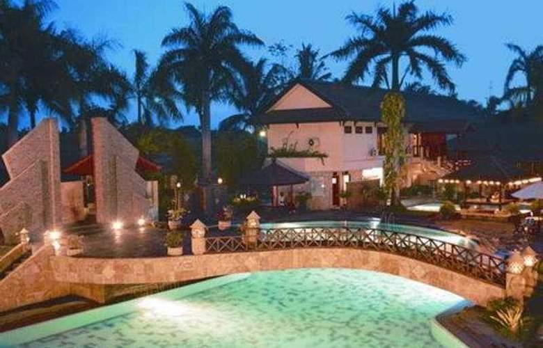 Lombok Raya - Pool - 4