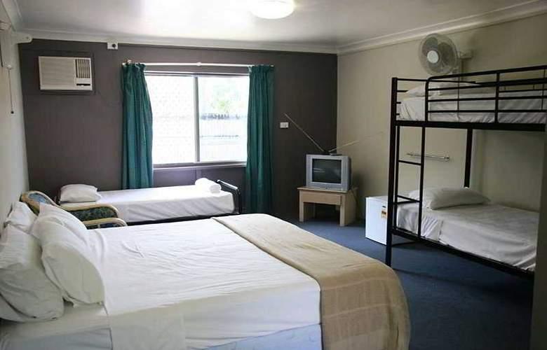 Cairns Beach House - Room - 1
