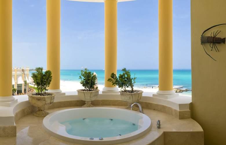 Iberostar Grand Hotel Paraiso  - Room - 10