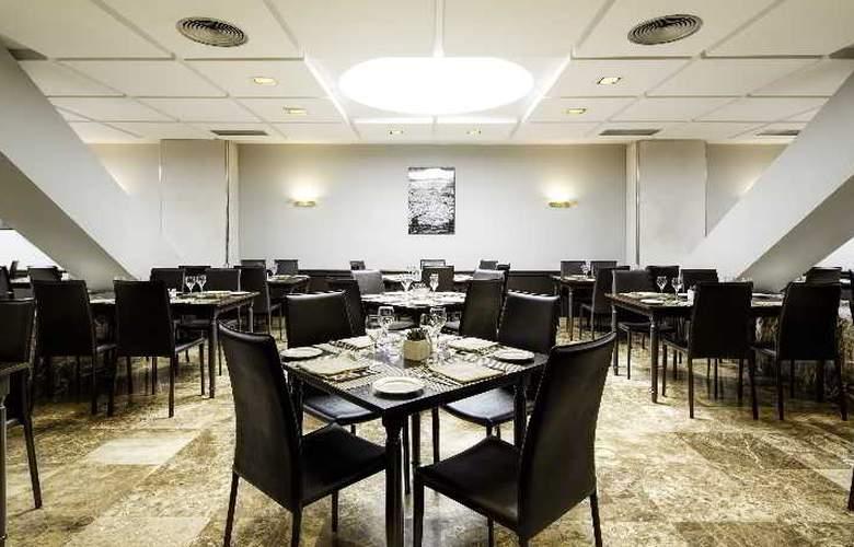 Meliá Lebreros - Restaurant - 42