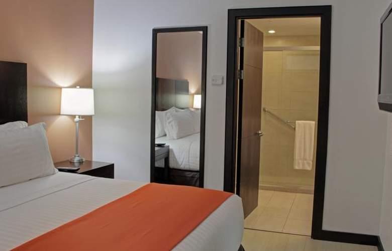 Holiday Inn Express San Jose Forum - Room - 9