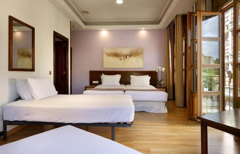 Triunfo Granada - Room - 7