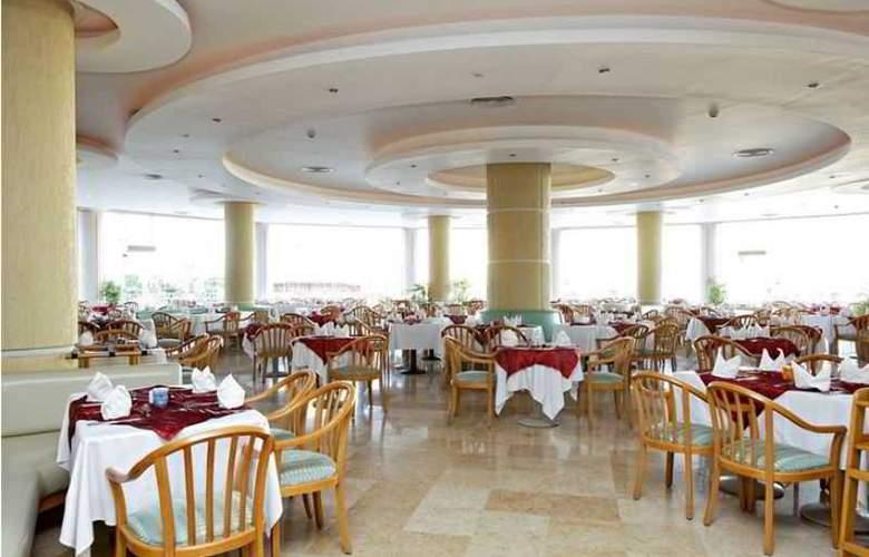 Three Corners Sunny Beach - Restaurant - 35