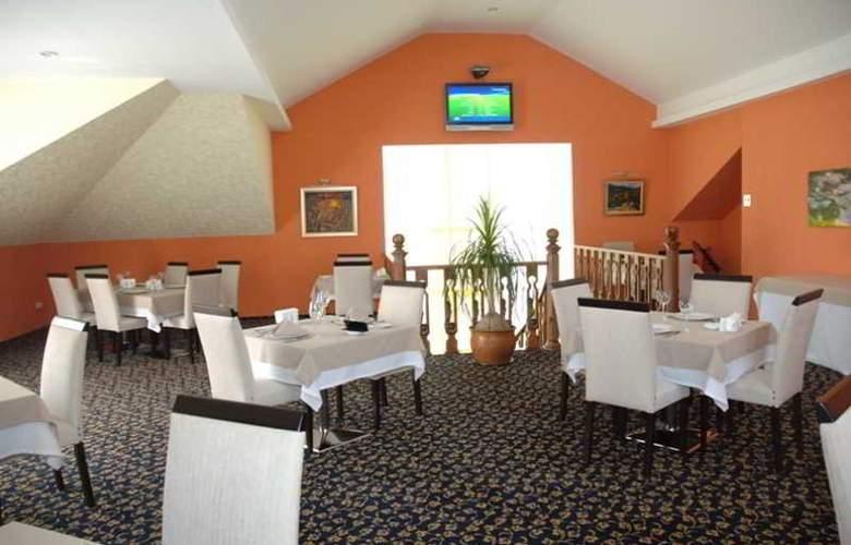Premier - Restaurant - 27