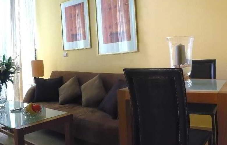 Apartamentos Suites Oficentro - Room - 5
