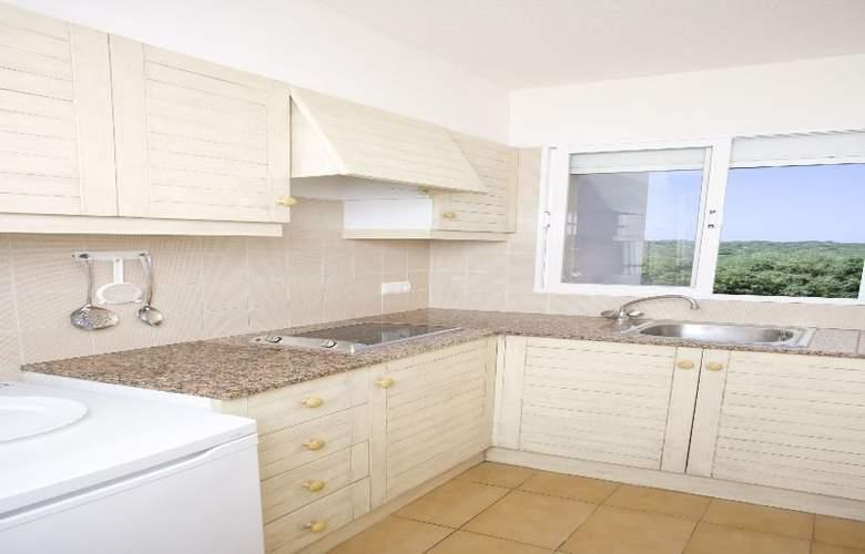 Naranjos Resort Menorca - Room - 10