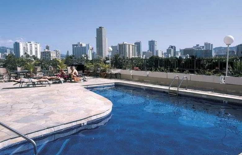 Aqua Palms Waikiki - Pool - 7
