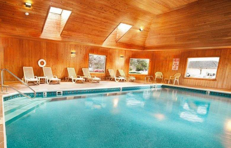 Best Western Windjammer Inn & Conference Center - Pool - 31