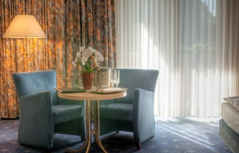 Best Western Ambassador Hotel Bosten - Room - 46