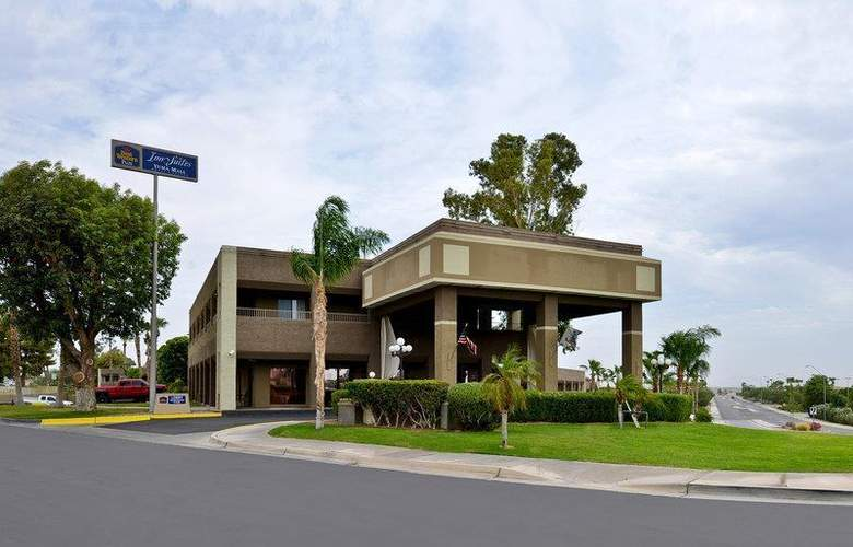 Best Western Plus Inn Suites Yuma Mall - Hotel - 55