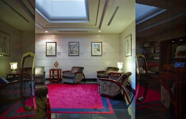 Grand Via Veneto - Hotel - 4