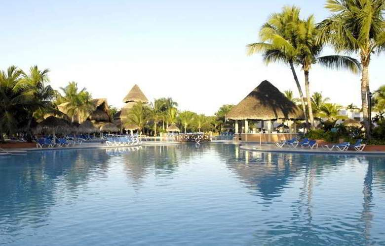 Be Live Canoa All Inclusive - Pool - 11