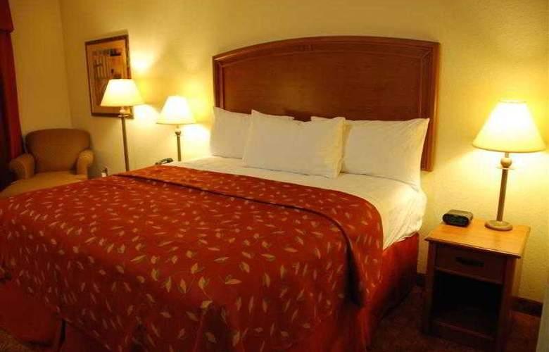 Best Western Plus San Antonio East Inn & Suites - Hotel - 46