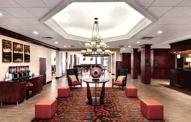 Hampton Inn Frederick - Hotel - 0