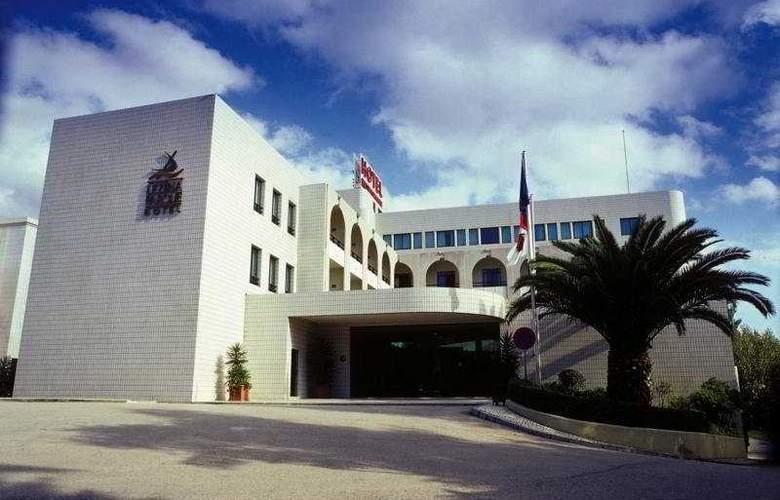 Leziria Parque - Hotel - 0