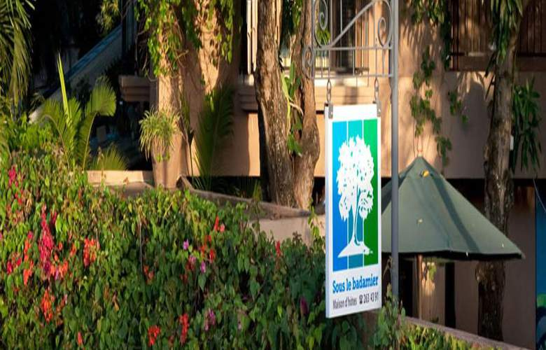 Sous Le Badamier - Hotel - 11