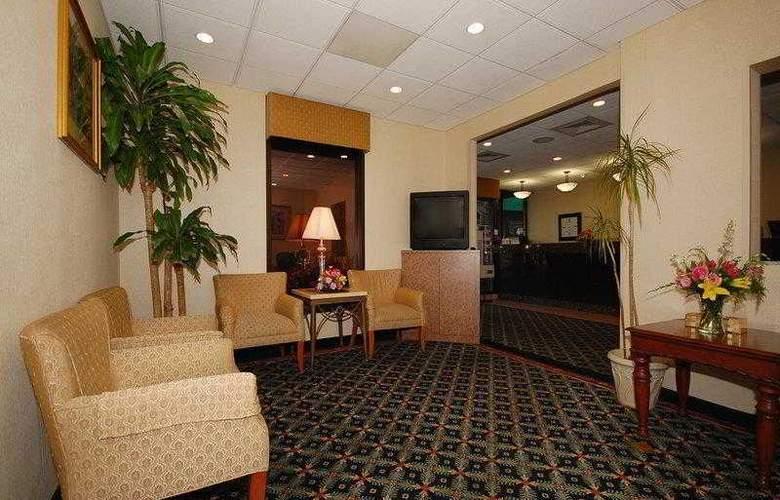 Best Western Springfield - Hotel - 42