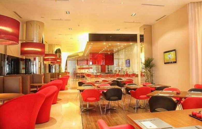 Ibis Bandung Trans Studio - Restaurant - 4