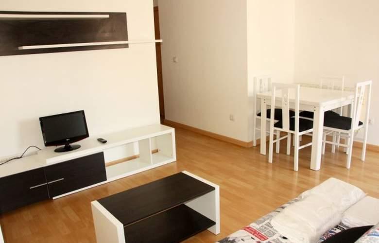 El Pilar Suites 3000 - Room - 1