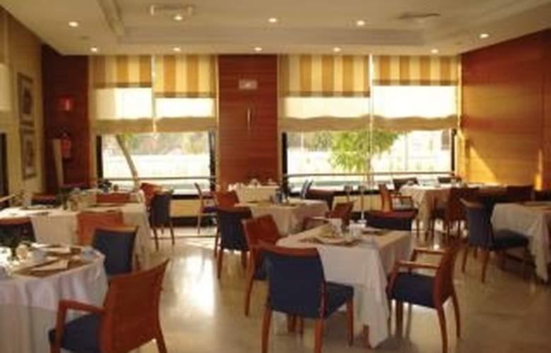 NH Sevilla Viapol - Restaurant - 7