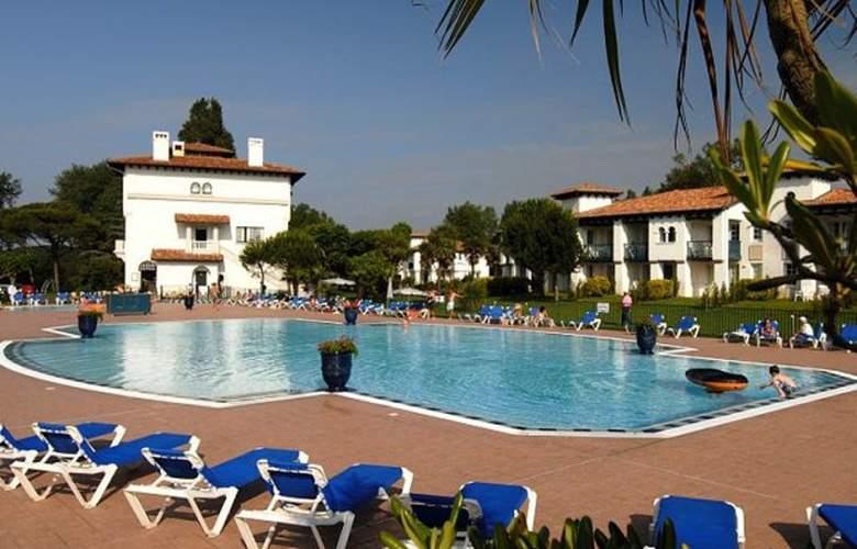 Pierre & Vacances Le Domaine de Bordaberry - Pool - 4