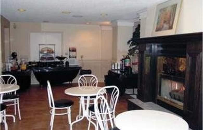 Comfort Inn & Suites - Bar - 5