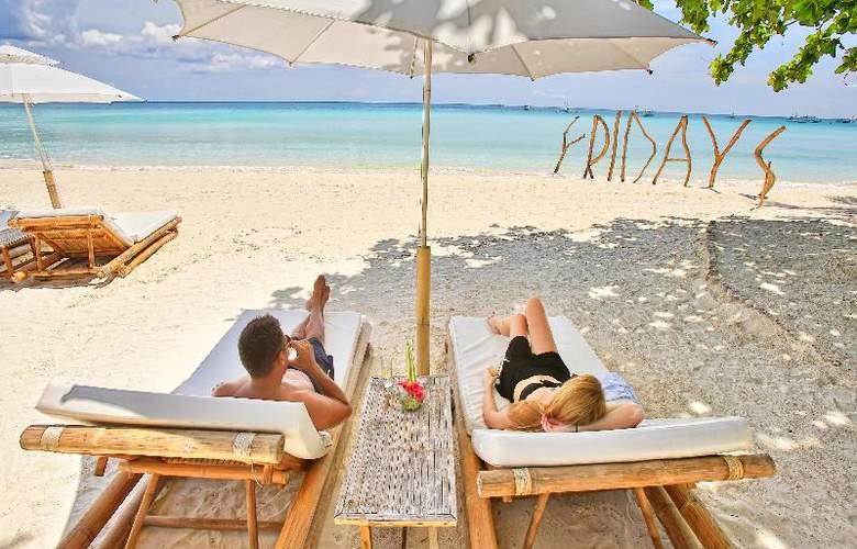 Fridays Boracay Resort - Beach - 6