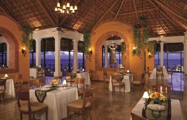 Now Sapphire Riviera Cancun - Restaurant - 13
