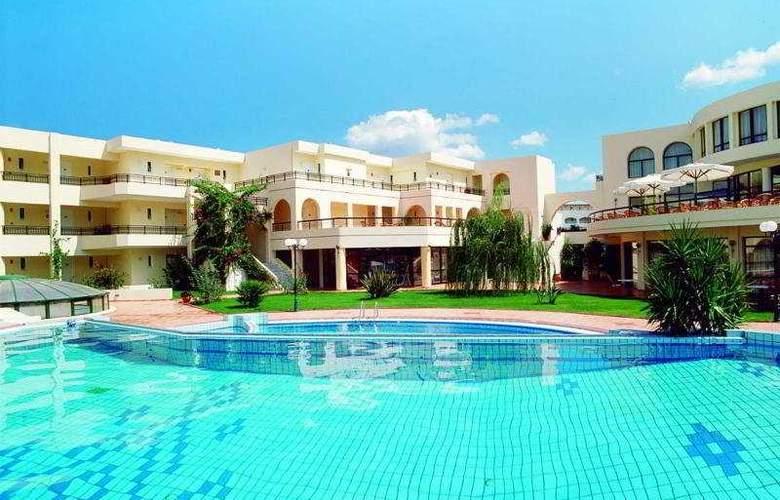 Vantaris Palace - Hotel - 0