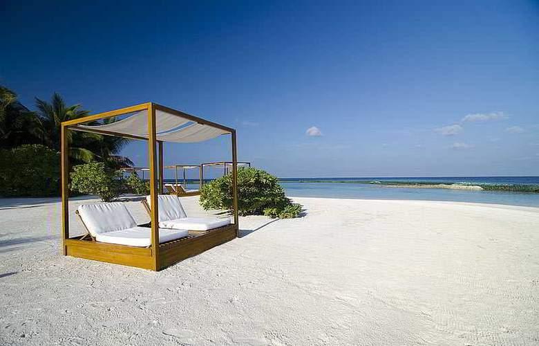 Lily Beach Resort & Spa - Beach - 13
