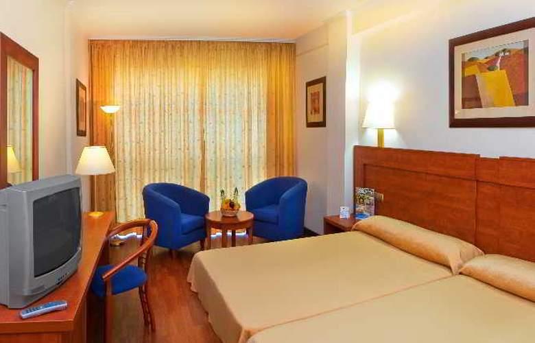 Port Denia - Room - 15