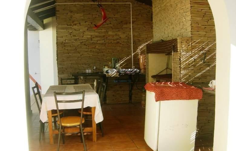 Casa Internacional Los Aventureros - Restaurant - 5