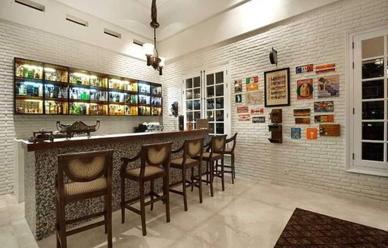 Plataran Borobudur Resort - Bar - 5