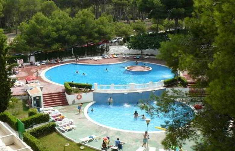 Apartamentos Catalonia Gardens - Pool - 3