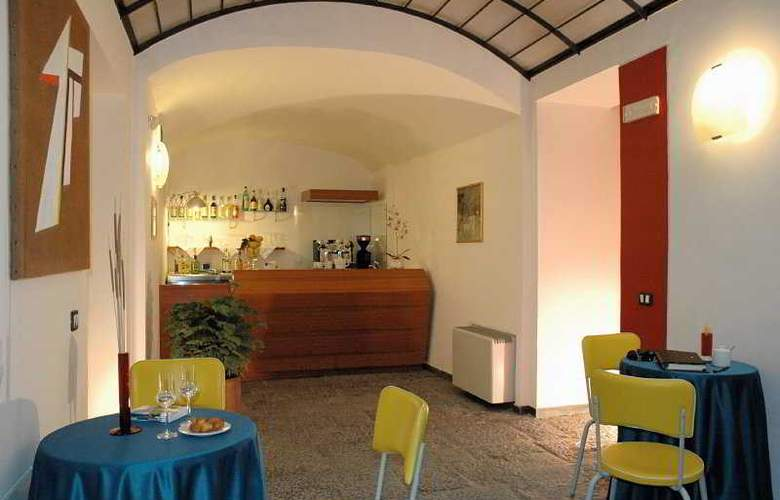 Caravaggio Hotel - Bar - 8