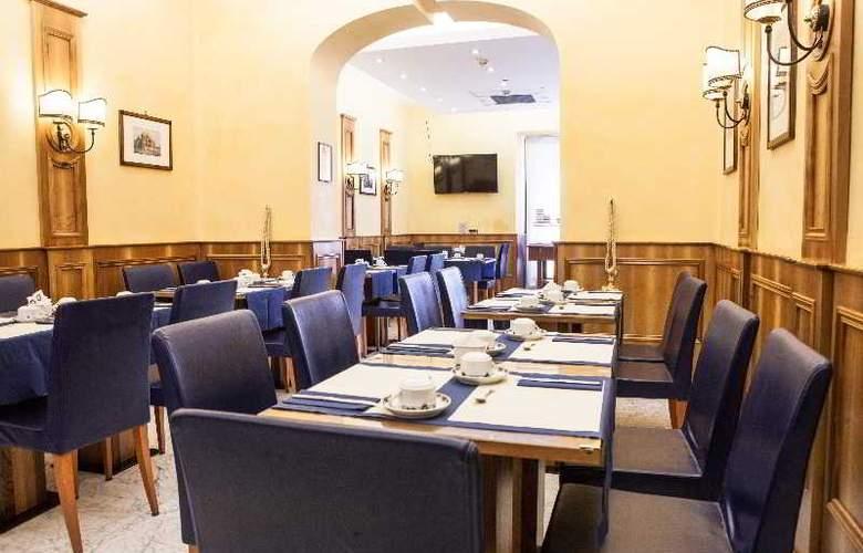 Camelia - Restaurant - 12