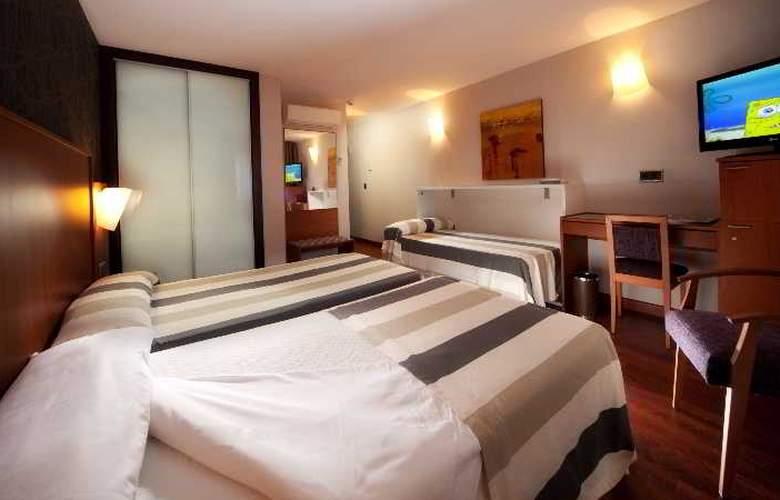 Nuevo Torreluz - Room - 42