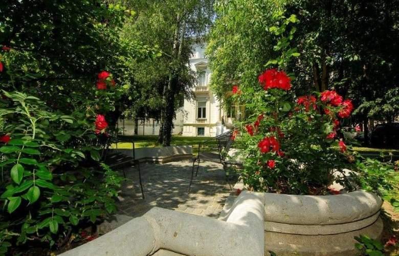 Hotel & Palais Strudlhof - Terrace - 6