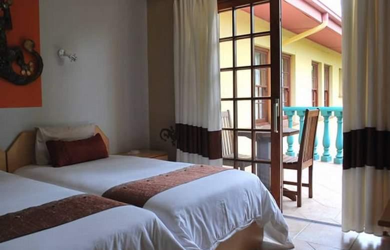 Makalani Hotel - Room - 4
