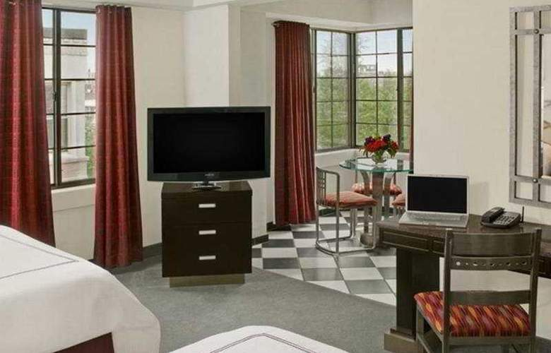 Carlyle Suites Hotel - Room - 6
