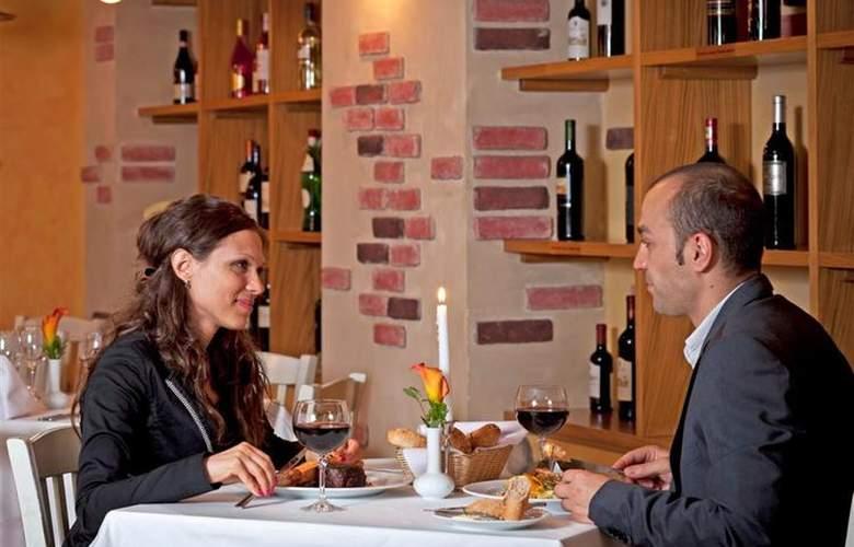 Best Western Premier Collection City Sofia - Restaurant - 85